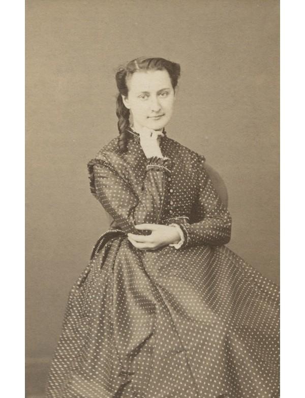 SIEFERT (Louisa)